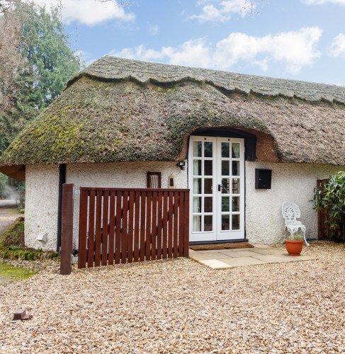 mh8scisg--127287_little-cottage-ph1_web